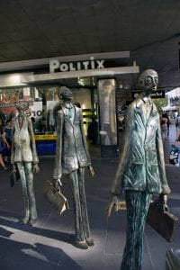 statues to visit in melbourne-3